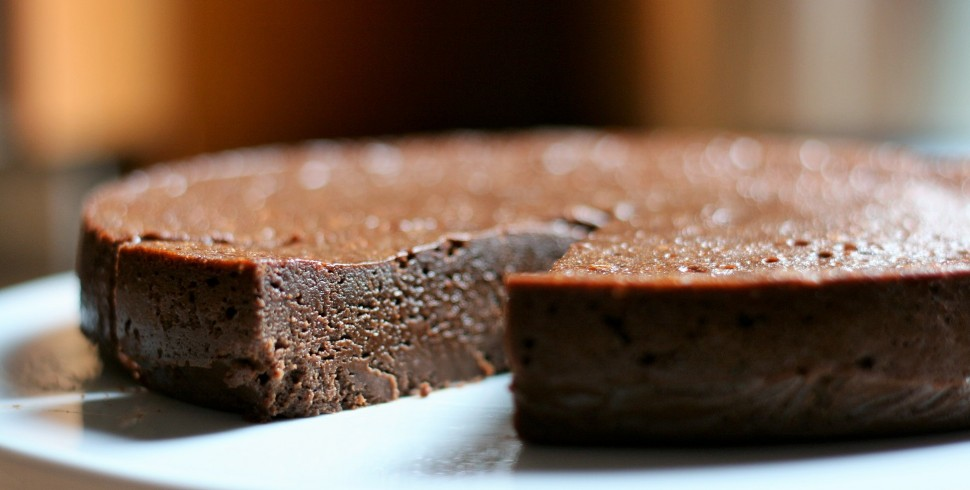 Flourless Chocolate Cake (A Gluten-Free Decadence)